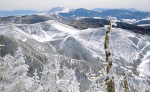 志賀高原・横手山渋峠スキー場からの景色