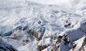 スイス・ザースフェー・スキーエリアの氷河末端部